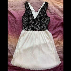 Nikibiki Lace Detail Boutique Dress